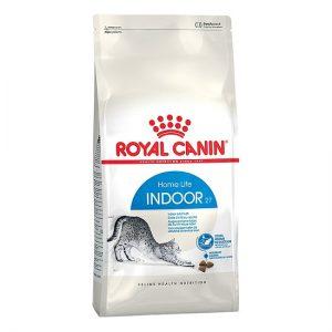 Thức ăn Royal Canin Indoor 400g dành cho những bé mèo sống trong nhà ít vận động, nhu cầu năng lượng thấp hơn và nguy cơ béo phì cao.